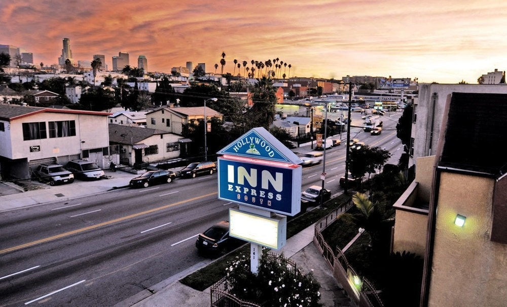 Hollywood Inn Express South